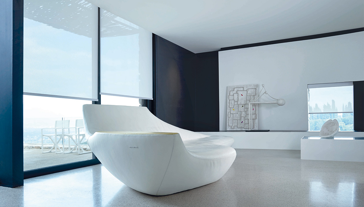 Witte doeken zijn minder ideaal om naar buiten te kijken.